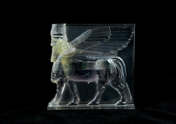 iranian-artist-recovers-shares-and-3d-prints-isis-destroyed-artifacts-with-the-world-01