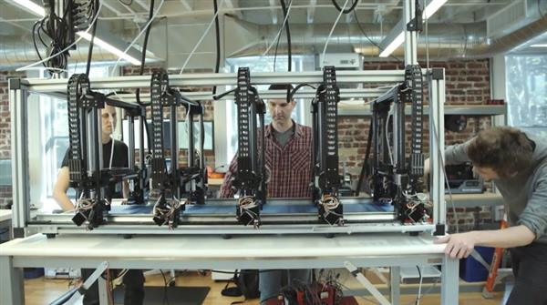 autodesk-explores-smart-3d-printing-production-line-for-large-objects-with-project-escher-4