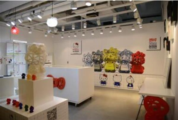 hello-kitty-3dprinting-concept-store-opens-shanghai-china-1